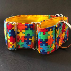 Collar Martingale estampado puzzle